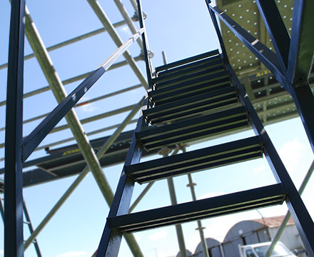 Multidirectional Scaffolding-scaffolding service stairs